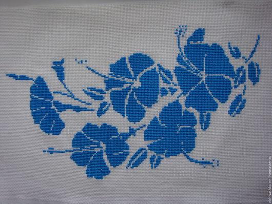 Картины цветов ручной работы. Ярмарка Мастеров - ручная работа. Купить Монохромная вышивка крестом. Handmade. Синий, готовая работа