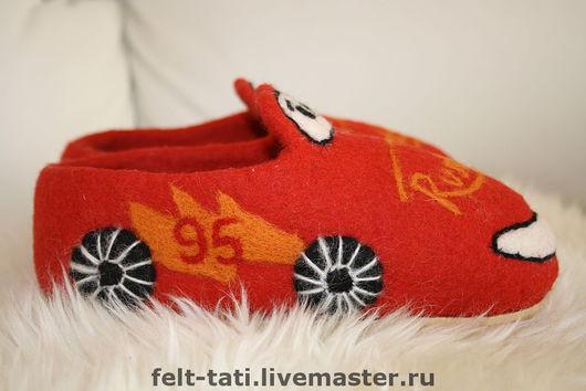 Обувь ручной работы. Ярмарка Мастеров - ручная работа. Купить Тапочки для Супер деток. Handmade. Валяные тапочки, тапочки из шерсти