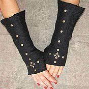 Аксессуары handmade. Livemaster - original item Fingerless gloves made of wool with rivets. Handmade.