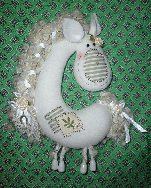 Игрушки животные, ручной работы. Ярмарка Мастеров - ручная работа. Купить Лошадка для Марии (продана). Handmade. Белый