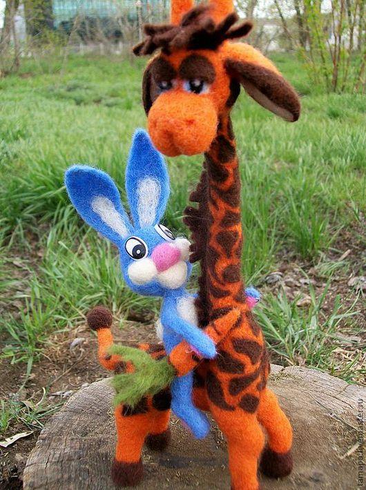 До чего же хочется братцы, на живом жирафе покататься...