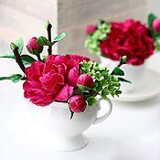 Цветы и флористика ручной работы. Ярмарка Мастеров - ручная работа пион и гортензия в чашке или сахарнице. Handmade.