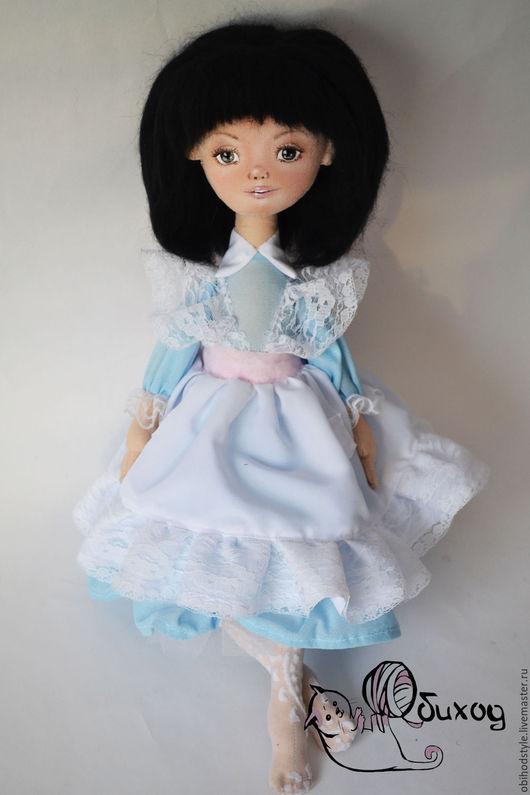 Сказочные персонажи ручной работы. Ярмарка Мастеров - ручная работа. Купить Куколка Алиса. Handmade. Бежевый, кукла ручной работы