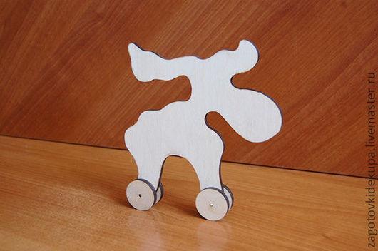 Лось на колесиках (продается в разобранном виде) Размер: 18х18 см Материал: фанера 6 мм