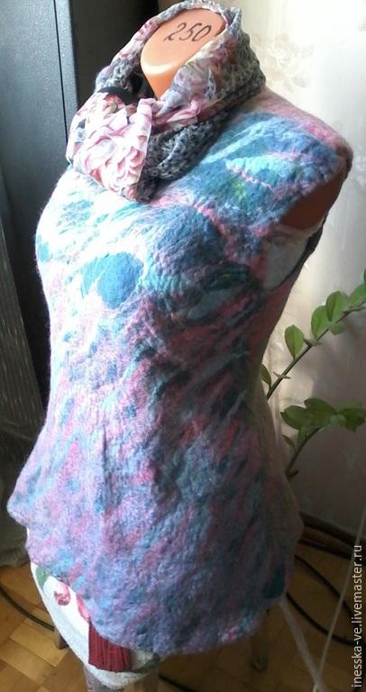 Жилеты ручной работы. Ярмарка Мастеров - ручная работа. Купить Туника (безрукавка) валяная из шерсти. Handmade. Разноцветный, безрукавка
