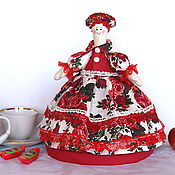 Посуда handmade. Livemaster - original item Doll-hot water bottle for teapot Red roses. Gift, kitchen textiles. Handmade.