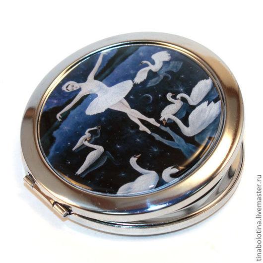 Декорированные зеркальца ручной работы. Ярмарка Мастеров - ручная работа. Купить Карманное зеркальце Лебединое Озеро. Handmade. Лебединое озеро