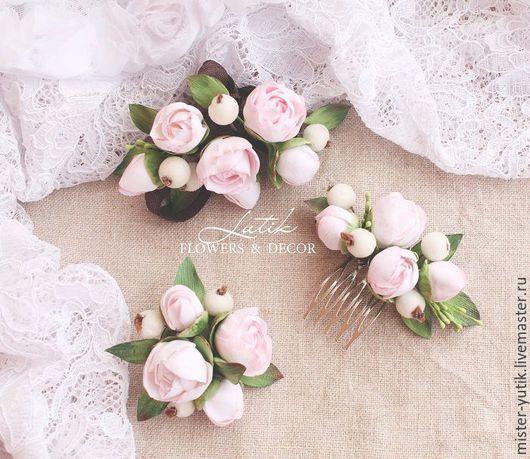 """Свадебные украшения ручной работы. Ярмарка Мастеров - ручная работа. Купить Гребень с цветами """"Hello spring"""" пионы и ягоды. Handmade."""