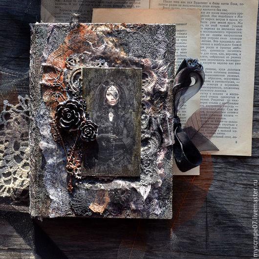 """Персональные подарки ручной работы. Ярмарка Мастеров - ручная работа. Купить Блокнот """"Дневник Ведьмы"""".. Handmade. Черный, Скрапбукинг, переплет"""