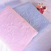Для дома и интерьера ручной работы. Ярмарка Мастеров - ручная работа Стёганое одеяло с монограммой для мальчика. Handmade.
