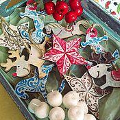 Подарки к праздникам ручной работы. Ярмарка Мастеров - ручная работа Деревянные новогодние игрушки. Handmade.