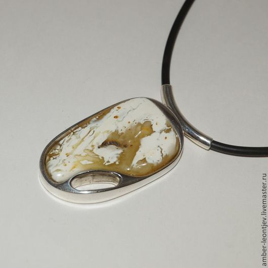 """Кулоны, подвески ручной работы. Ярмарка Мастеров - ручная работа. Купить Кулон из пейзажного янтаря """"Коллекция камней"""" с серебром 2. Handmade."""