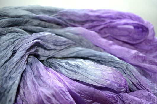 Шарфы и шарфики ручной работы. Ярмарка Мастеров - ручная работа. Купить лавандово сиренево серый шелковый шарф ручная окраска натуральный шёлк. Handmade.