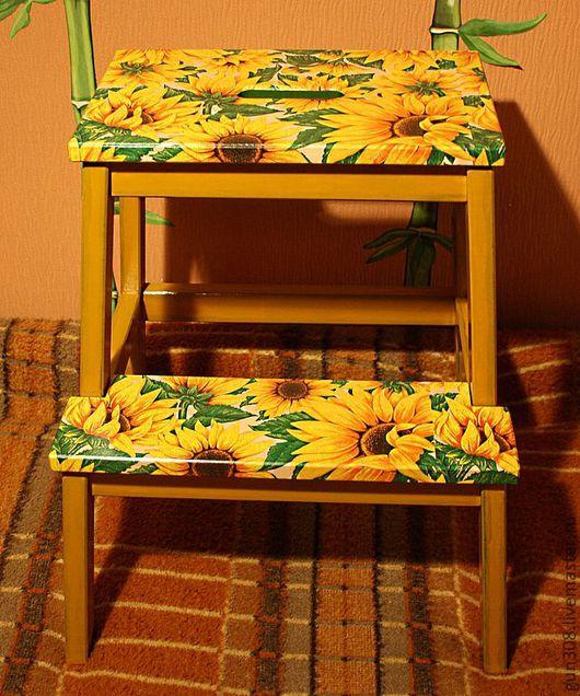 """Мебель ручной работы. Ярмарка Мастеров - ручная работа. Купить Стремянка """"Подсолнух"""". Handmade. Желтый, подарок на любой случай"""