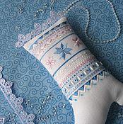 Куклы и игрушки ручной работы. Ярмарка Мастеров - ручная работа Сапожки с вышивкой шелком и бисером. Handmade.
