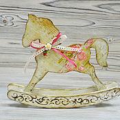 Куклы и игрушки ручной работы. Ярмарка Мастеров - ручная работа Декоративная лошадка-качалка. Handmade.