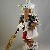 """Куклы и игрушки ручной работы. Ярмарка Мастеров - ручная работа Баба -Яга """" Ну и... лечиться будем ?) """". Handmade."""