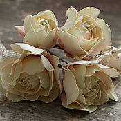 Свадебный салон handmade. Livemaster - original item Studs with roses and leaves bead. Handmade.