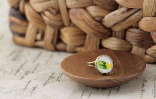 """Кольца ручной работы. Ярмарка Мастеров - ручная работа. Купить Кольцо """"Огурцы"""". Handmade. Ярко-зелёный, кольцо, кольцо с огурцом"""