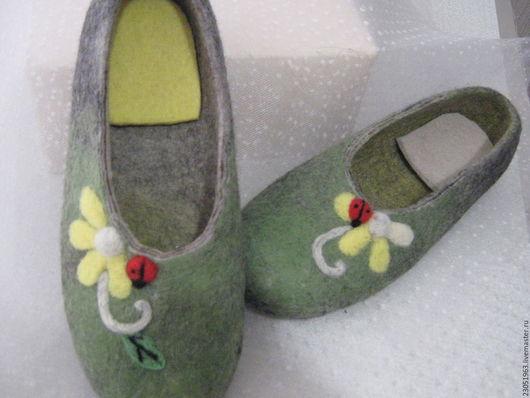 """Обувь ручной работы. Ярмарка Мастеров - ручная работа. Купить Тапочки из шерсти """"Найди 7 различий"""". Handmade. Комбинированный"""