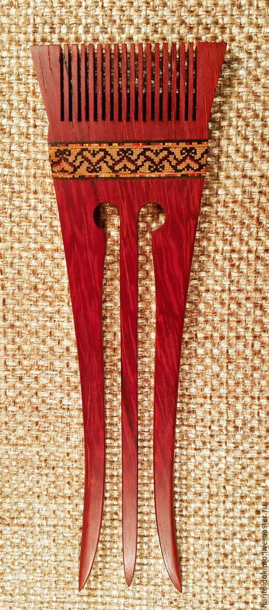 Заколки ручной работы. Ярмарка Мастеров - ручная работа. Купить Шпилька Сударушка, с мозаикой. Handmade. Ярко-красный, гребень из дерева