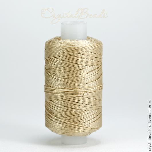 Тонкие и прочные лавсановые нитки 86л 200м подойдут для плетения в техниках анкарс и фриволите, для шитья и пошива верхней одежды, для сумок и кожгалантереи. Лавсанвоые нитки купить в Москве.