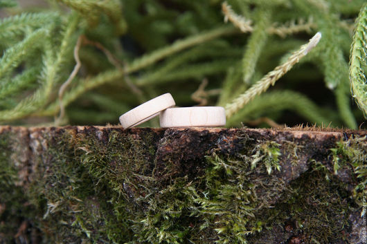 Кольца ручной работы. Ярмарка Мастеров - ручная работа. Купить Нежные из клена. Handmade. Подарок девушке, парные кольца, дерево