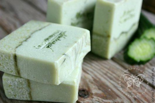 """Мыло ручной работы. Ярмарка Мастеров - ручная работа. Купить """"ОГУРЕЧНОЕ"""" натуральное мыло с нуля. Handmade. Салатовый, натуральное мыло"""