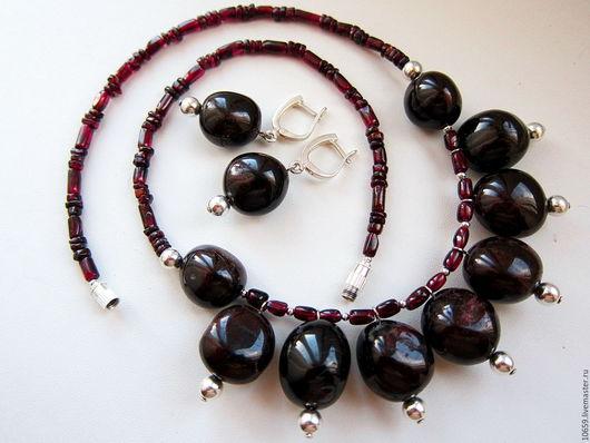 Колье, бусы ручной работы. Ярмарка Мастеров - ручная работа. Купить ожерелье ЦВЕТ ГРАНАТА. Handmade. Бордовый, подарок