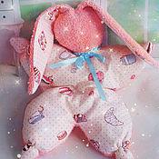 """Куклы и игрушки ручной работы. Ярмарка Мастеров - ручная работа Игрушка -сплюшка для сна """"Конфетка, моя""""  ( зайка, игрушка, сон). Handmade."""