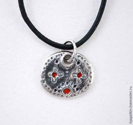 Подвеска из серебра Мария мп 6 Серебро 925`, горячая эмаль. Вес  2,48  гр.  Автор: Вера Палкина