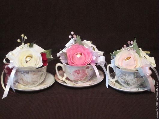 Подарочные наборы ручной работы. Ярмарка Мастеров - ручная работа. Купить Чайные пары с украшением из конфетных цветов и чая. Handmade.