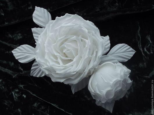 """Свадебные украшения ручной работы. Ярмарка Мастеров - ручная работа. Купить Цветы из шелка. Брошь-заколка """"Belle"""". Handmade. Белый"""