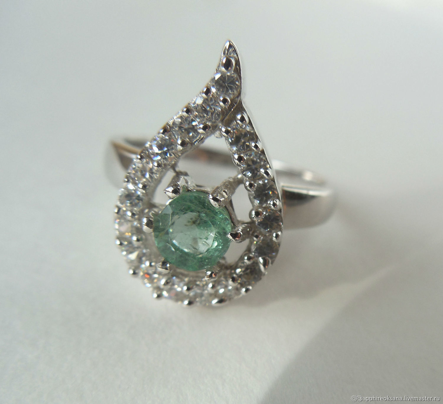 Silver ring with emerald and cubic Zirconia, Rings, Pyatigorsk,  Фото №1