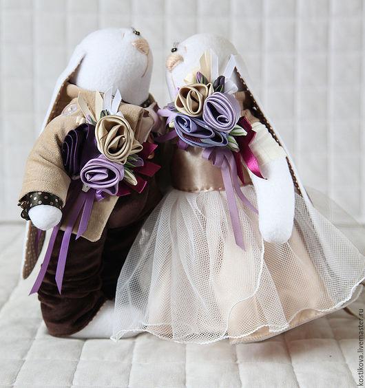Игрушки животные, ручной работы. Ярмарка Мастеров - ручная работа. Купить Зайцы. Свадебные зайцы в цвете айвори, шоколад, слива.. Handmade.