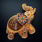 Украшения ручной работы. Ярмарка Мастеров - ручная работа Брошь Индийский Слон с опалом, талисман, вышивка золотом. Handmade.