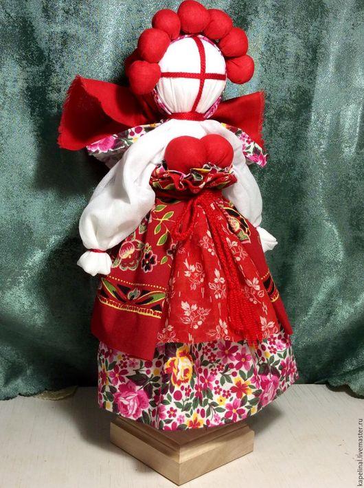 """Народные куклы ручной работы. Ярмарка Мастеров - ручная работа. Купить Народная кубанская куколка """"Вишенка"""". Handmade. Ярко-красный"""