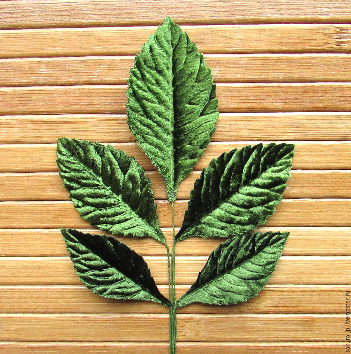 The leaves of the rose are dark green, seruling. SAKURA - materials for citadele. Fair Masters.
