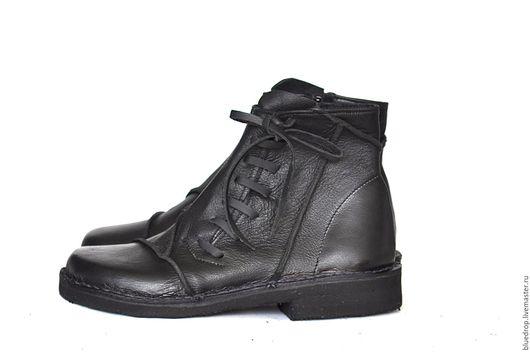 Обувь ручной работы. Ярмарка Мастеров - ручная работа. Купить Ботинки с кожаными шнурками. Handmade. Ботинки, кожаные ботинки