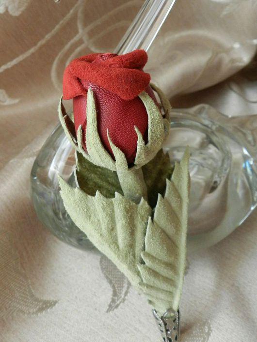 Броши ручной работы. Ярмарка Мастеров - ручная работа. Купить Цветок из кожи Красная роза. Handmade. Цветок ручной работы