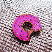 Украшения ручной работы. Ярмарка Мастеров - ручная работа Пончик- брошь/магнит/кольцо/брелок. Handmade.