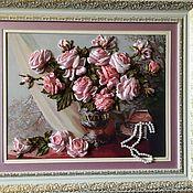 Картины ручной работы. Ярмарка Мастеров - ручная работа Розы и жемчужное колье. Handmade.