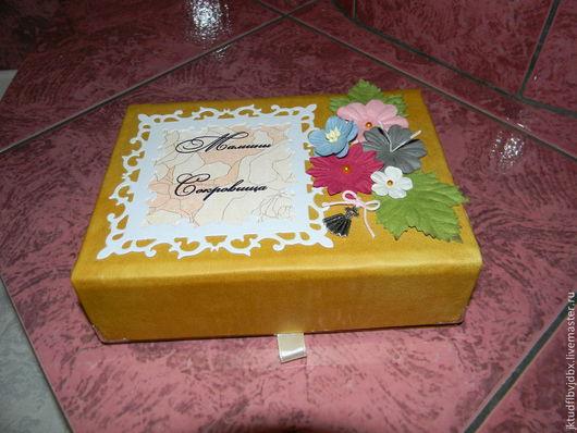Подарки для новорожденных, ручной работы. Ярмарка Мастеров - ручная работа. Купить сокровищница. Handmade. Золотой, коробочка, кожзам, ленты атласные