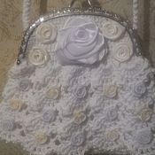 Клатчи ручной работы. Ярмарка Мастеров - ручная работа Вязаная сумочка для невесты. Handmade.