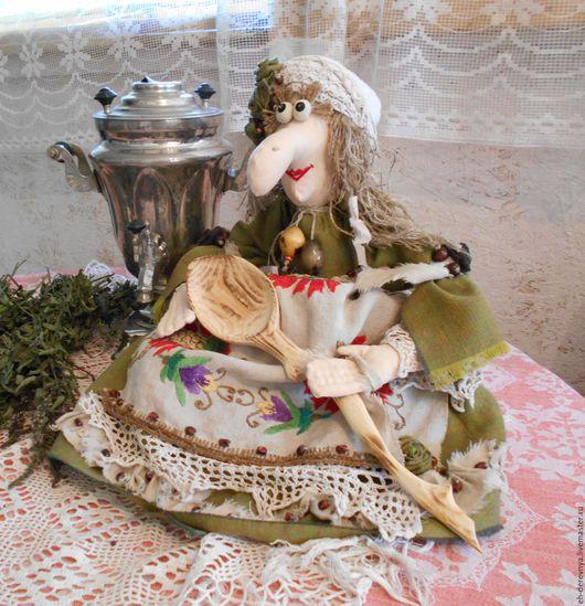 Кухня ручной работы. Ярмарка Мастеров - ручная работа. Купить Я со своей ложечкой к вашему варенью. Баба Яга на чайник. Handmade.