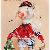 Куклы и игрушки ручной работы. Ярмарка Мастеров - ручная работа авторская игрушка СНЕГОВИЧКА НОВОГОДНЯЯ. Handmade.