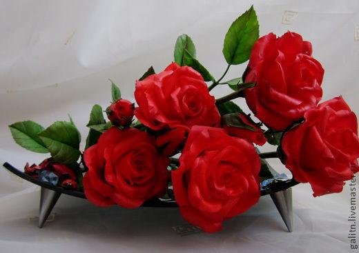 Цветы ручной работы. Ярмарка Мастеров - ручная работа. Купить Нас розы нежный аромат манит . Handmade. Красный