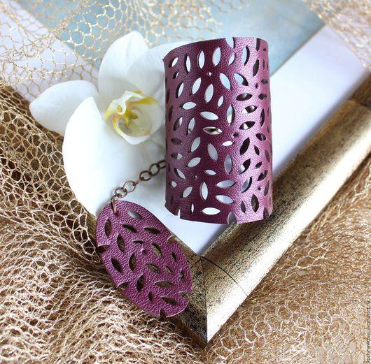 Браслеты ручной работы. Ярмарка Мастеров - ручная работа. Купить Кожаный браслет Фиолетовый ажур. Handmade. Кожаный браслет