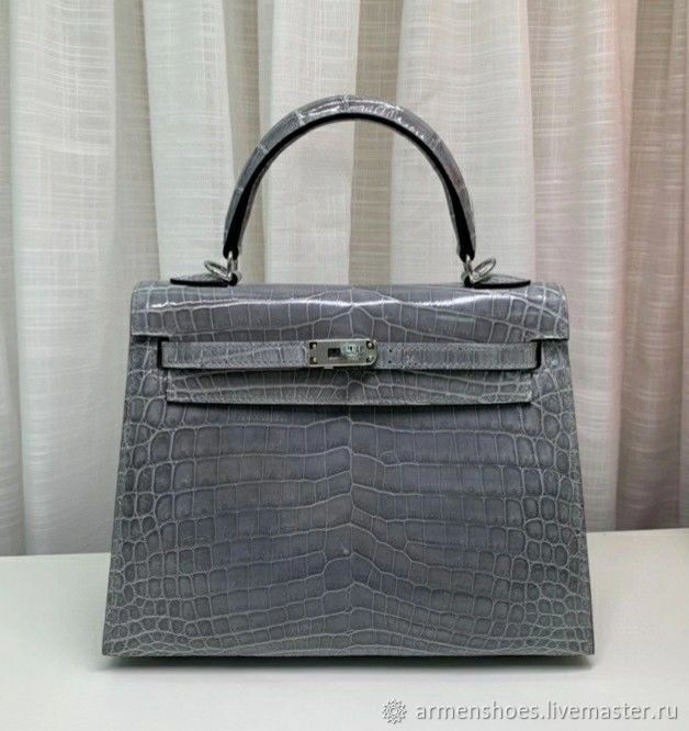 Classic women's bag made of genuine crocodile leather, grey color, Classic Bag, Tosno,  Фото №1