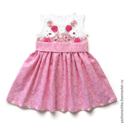 Платье для девочки, ирландское кружево. Вид спереди с пояском
